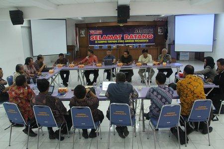 Rapat Pembangunan Model PJJ APTIKOM