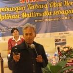 Bambang Eka Purnama Paparkan Manfaat Multimedia Untuk Bidang Medis di Seminar Nasional AKFARNas